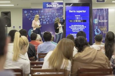 Ampliá tus conocimientos con estos talleres sobre el uso de smartphones