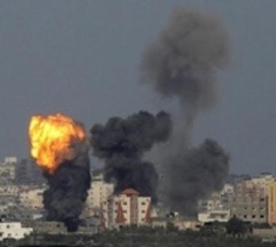 Explosiones matan a 20 personas durante un funeral
