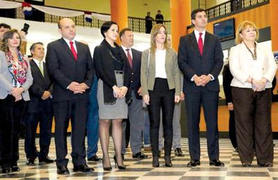 Lea Giménez seguirá con endeudamiento público vía  bonos