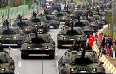 Más países contra Catar, pero Turquía brinda apoyo