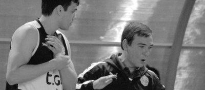 Juan Pablo Feliú, un entrenador que sabe de básquet, logros y desafíos