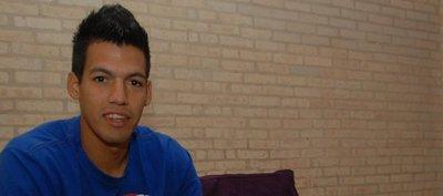 Dos Santos rechaza Olimpia y espera propuesta de Cerro