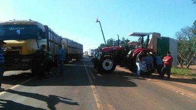 San Pedro: productores bloquean en su totalidad la Ruta 3