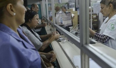 Falta de fármacos en IPS hace que asegurados vayan a centros del MSP