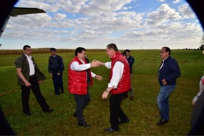 El presidente visita en Alto Paraná a cartistas divididos