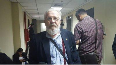 Adolfo Ferreiro acciona contra su remoción del JEM