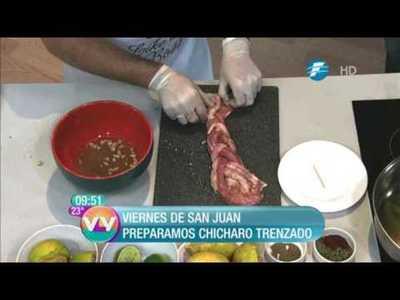 ¡Cocinando el típico chicharo trenzado!