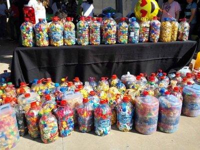 Realizan colecta de tapitas para ayudar a niños con cáncer