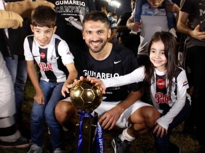 Santiago Salcedo, campeón y goleador