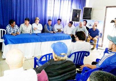 Gneiting persigue a los dirigentes liberales de Itapúa, denuncia Efraín