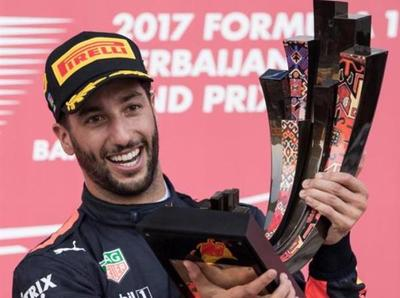 Daniel Ricciardo obtuvo el GP de Azerbaiyán