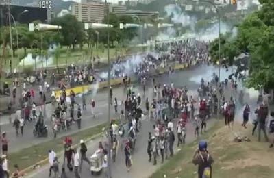Compacto de noticias: Sigue la inestabilidad en Venezuela