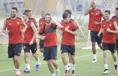 El Sevilla de Berizzo inicia con un fichaje