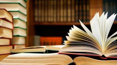 Las páginas de un libro pueden darte alas para recorrer lugares mágicos