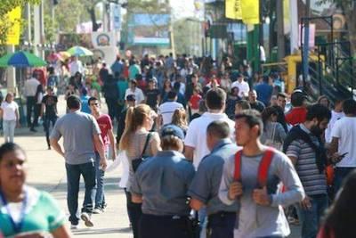 En primeros dos días, Expo recibió alrededor de 25.000 personas
