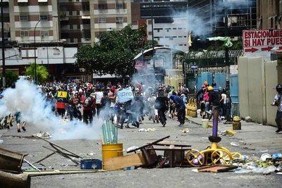 Cinco muertos más en Venezuela
