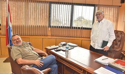 Lugo incluyó pedidos del sector campesino en sesión de mañana