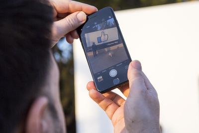 ¿Por qué la cámara de las fotos funciona mucho mejor en el iPhone?