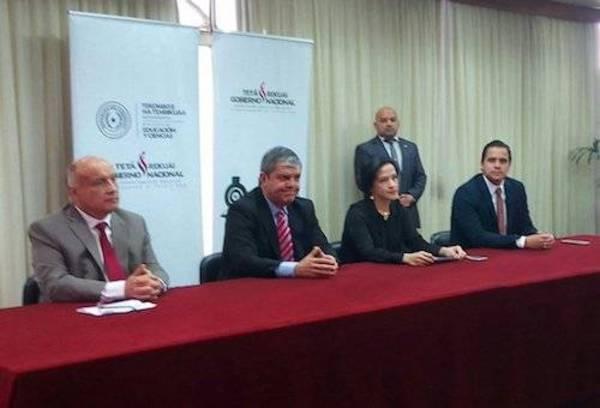 Lanzan nueva convocatoria de becas para docentes for Convocatoria docentes exterior