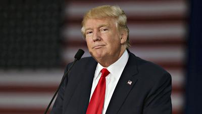 Aprobación de Trump va en picadas
