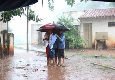 """Al hilo: """"Viento Norte"""" a 80 km/h, luego frío, lluvias y tormentas eléctricas"""