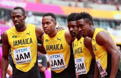 Bolt y Jamaica, en la final de relevos