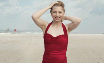 Exsoldado del Ejército ahora trans posa en bañador para Vogue