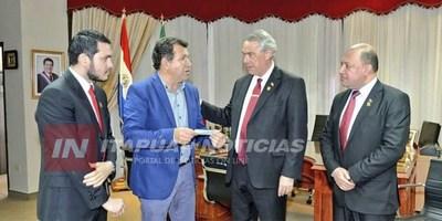 TRP RECIBE IMPORTANTE APORTE PARA INICIO DE CONSTRUCCIÓN DE ASFALTADO.