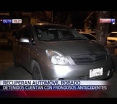 Recuperan automóvil robado hace una semana