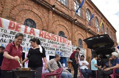 UCA: Alumnos elevan reclamos al Papa vía Twitter