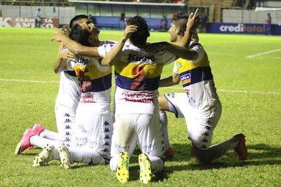 Primera victoria de Trinidense