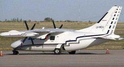 Encuentran restos de un avión en el Paraná