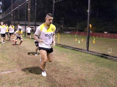 """Discoteca"" Núñez fue convocado para el partido contra Olimpia."