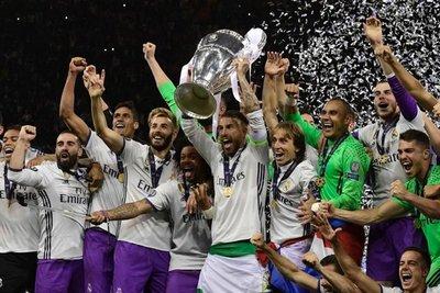 UEFA premia a los mejores