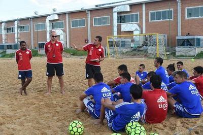 Asunción se alista para recibir la 1ª Liga Sudamericana de Fútbol de Playa