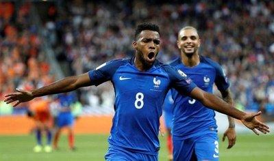 Francia recupera el mando con una goleada a Holanda