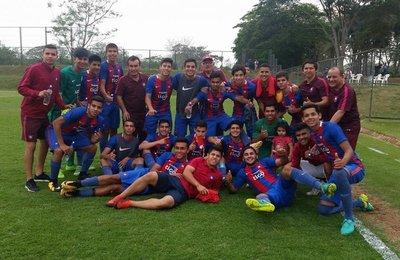 Cerro gana con gol sobre el final y sigue líder