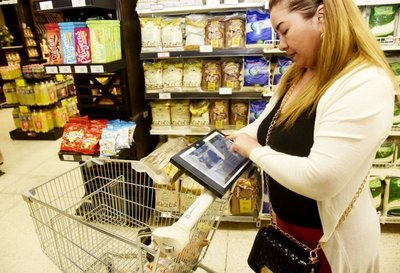 Supermercado local lanza el primer carrito digital