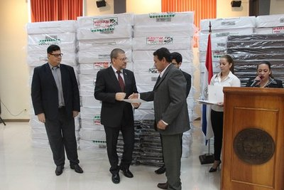 Salud distribuirá colchones en 47 hospitales
