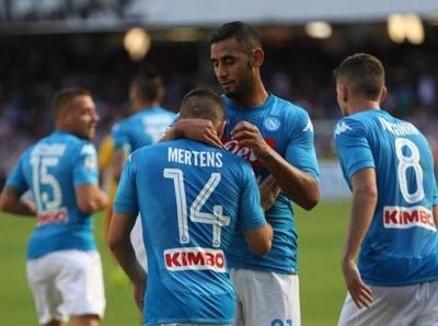 Nápoles se pasea ante Benevento