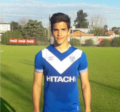Luis lleva dos goles con la Reserva de Vélez