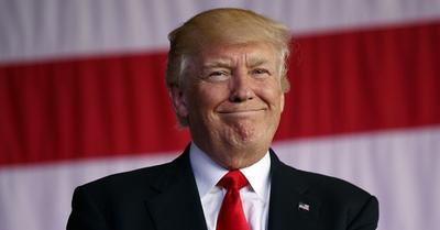 Jóvenes demandan al presidente Trump