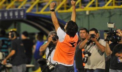 Garnero disfruta en Guaraní de las escasas caricias de la profesión