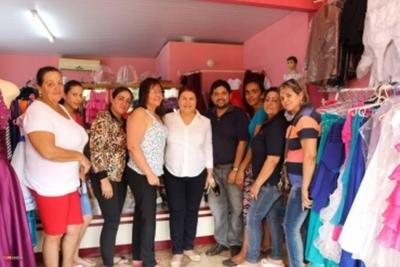 Comerciantes y empresarios del microcentro piden a Odila Báez promover leyes que protejan el turismo