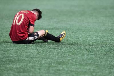 Preocupante lesión de Miguel Almirón
