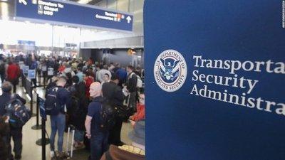 Trump amplía veto migratorio a tres países
