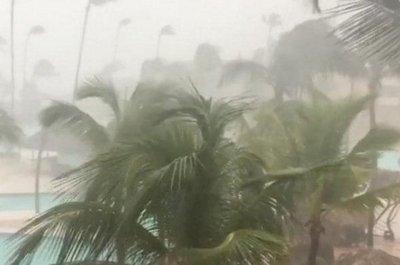 María se debilita y sería una tormenta tropical mañana