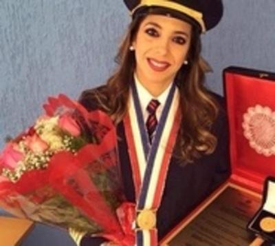 """Primera piloto paraguaya abandona su pasión: """"Me obligaron a dejarte"""""""