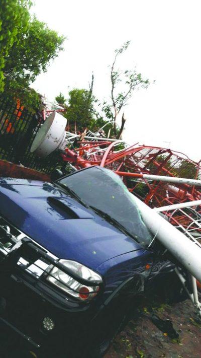 Tormenta dejó dos muertos y cuantiosos daños materiales