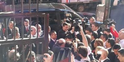 CARTES INSCRIBE CANDIDATURAS DE HONOR COLORADO EN LA ANR